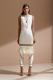 Платье футляр с золотой отделкой