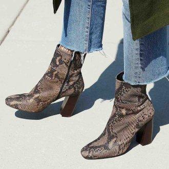 Коричневые ботинки классические