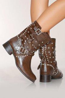 Коричневые ботинки с декором