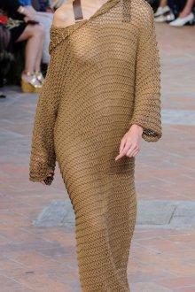 Платье вязаное длинное бежевое