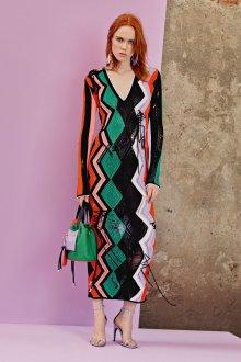 Платье вязаное макси
