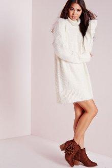 Платье вязаное из мохера
