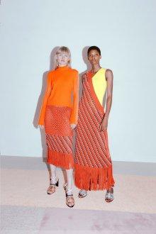 Платье вязаное оранжевое