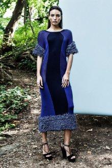 Платье вязаное синее