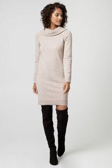 Платье вязаное с воротником