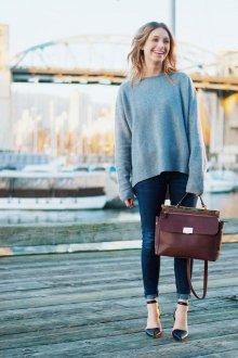 Бордовая сумка с карманами
