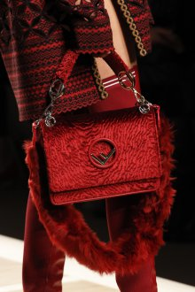 Бордовая сумка велюровая