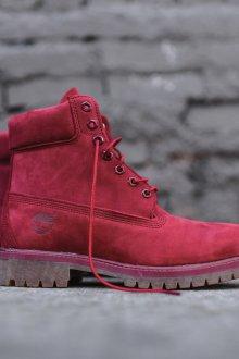 Красные ботинки тимберленды
