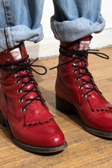 Красные ботинки женские