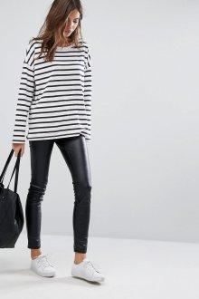 Лонгслив женский с кожаными штанами