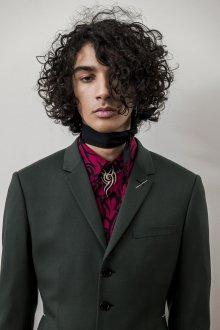 Мужская стрижка 2018 кудрявая на средние волосы