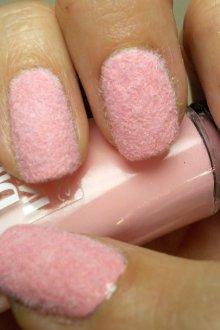 Бархатный маникюр светло розовый