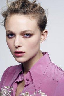 Корейский макияж фиолетовый