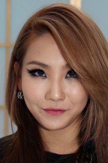 Корейский макияж с акцентом на глаза