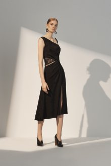 Платье с разрезом миди