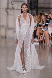 Свадебное платье с разрезом блестящее