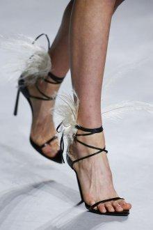 Туфли вечерние с перьями
