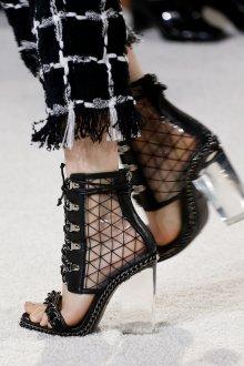 Туфли вечерние с прозрачным каблуком