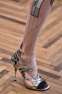 Туфли вечерние серебряные на шпильке