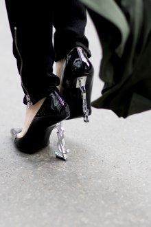 Туфли вечерние на высоком каблуке