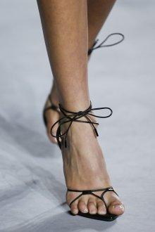 Туфли вечерние на завязках