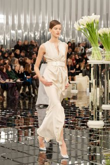 Платье шанель элегантное