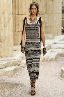 Платье шанель прямое