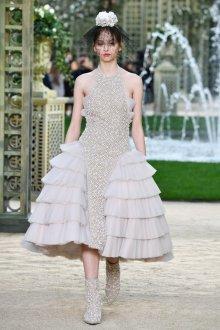 Платье шанель с рюшами