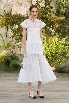 Платье шанель вечернее белоеПлатье шанель вечернее белое