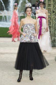 Платье шанель вечернее с цветами