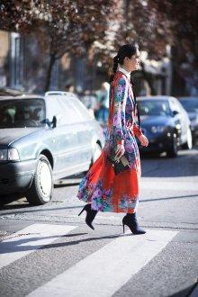 Платье с принтом цветы красное