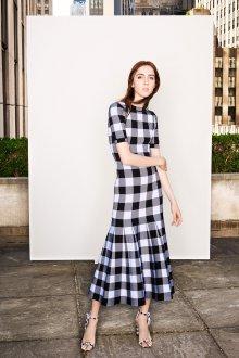 Платье футляр с принтом клетчатым