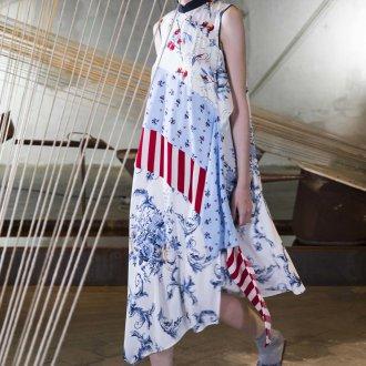 Платье с принтом миди свободное