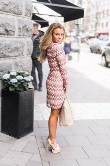Платье с принтом зигзаг