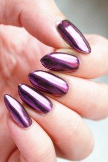 Маникюр с втиркой фиолетовый
