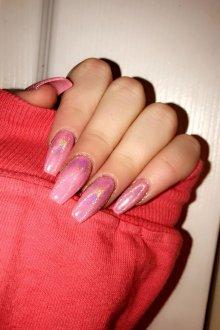 Маникюр с втиркой розовый пастельных тонов