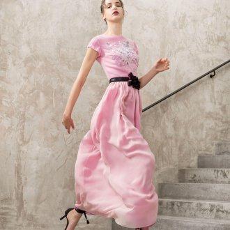 Шелковое платье на поясе