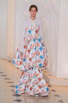Шелковое платье с розами