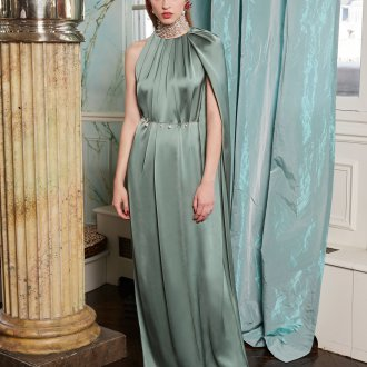 Шелковое платье зеленое длинное