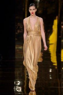 Шелковое платье золотое