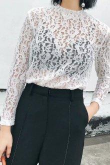 Кружевная блузка белая