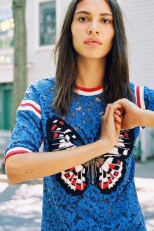 Кружевная блузка футболка