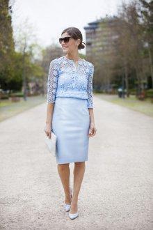 Кружевная блузка голубая с рукавом три четверти