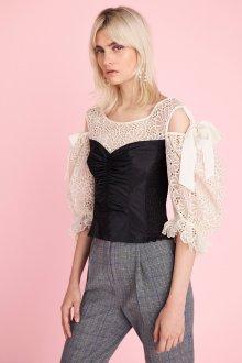 Кружевная блузка с корсетом