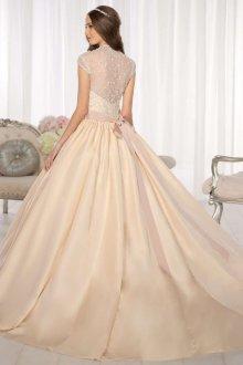 Пышное свадебное платье классическое