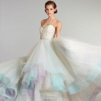 Пышное свадебное платье необычное