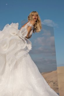 Пышное свадебное платье серебряное