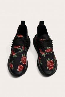 Черные кеды с цветочным рисунком