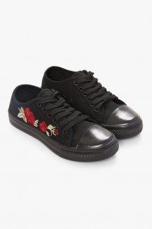 Черные кеды с розами