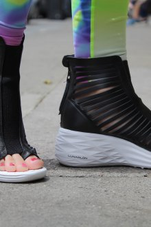 Черные кеды сандалии